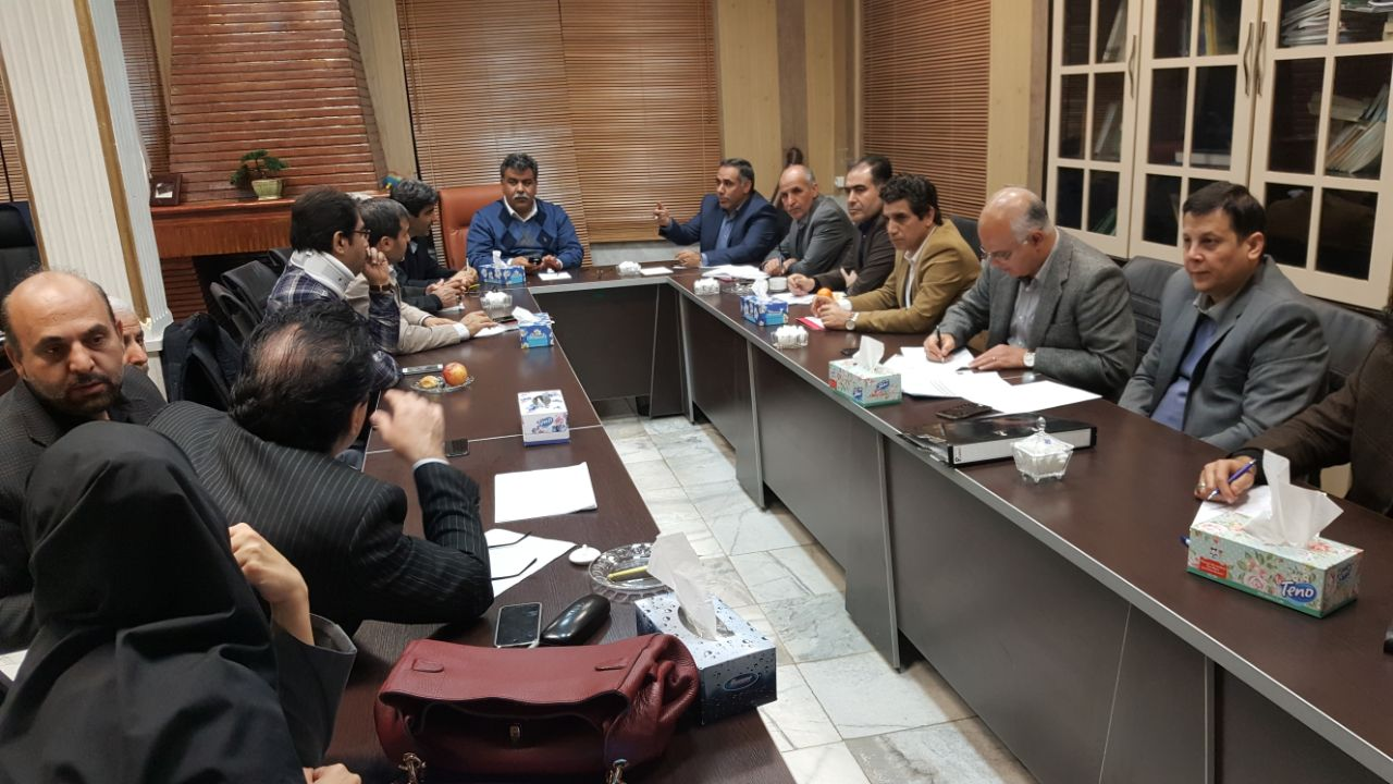 نشست مشترک شهردار کرمانشاه و مسئولان مالیاتی استان برگزار شد