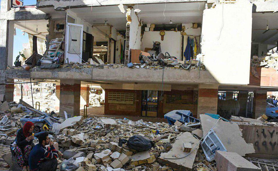 آواربرداری واحدهای روستایی زلزله زده تا پایان دی به پایان میرسد