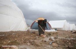 چادرهای زلزلهزدگان در محاصره سیلاب