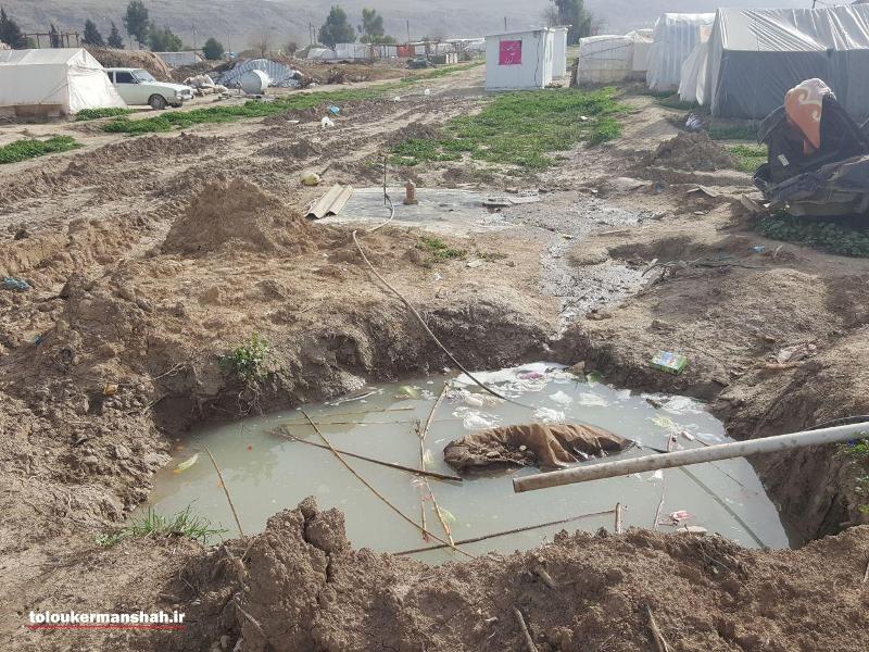 مردم نگران از فاضلاب مناطق زلزله زده