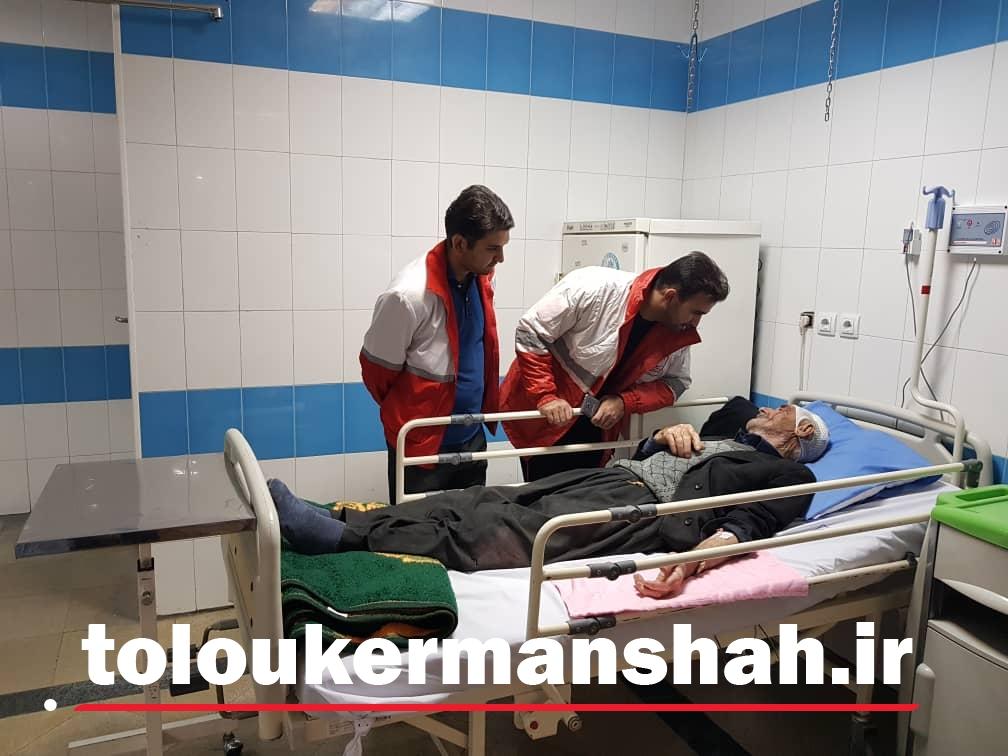 رئیس دانشگاه علوم پزشکی سمنان:۴۲ نفر از سرنشینان به بیمارستان منتقل شدند/که از این بین ۴ تن در سلامت بوده و ۳۸ تن دیگر تحت درمان هستند