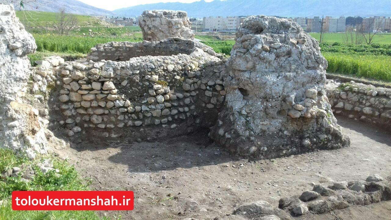"""ورود ۹۶ هزار گردشگر نوروزی به شهر """"آتشکده ها"""""""