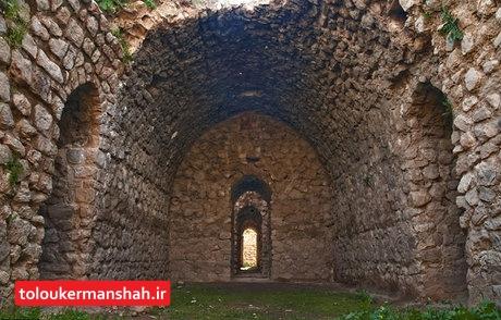 """فاز دوم مرمت پایانی چشمه تاقهای """"زیج منیژه"""" آغاز شد / خروش""""پیران"""" تماشاییتر از هر زمان دیگر"""