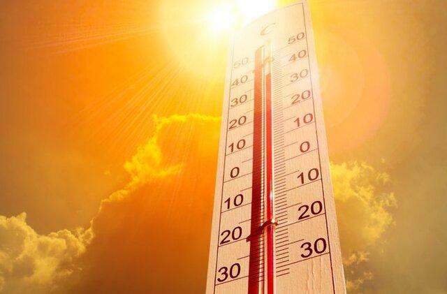 با پیشبینی افزایش ۴ تا ۶ درجهای دما،هشدار زرد گرمای هوا در کرمانشاه صادر شد/احتمال نفوذ گرد و غبار به نواحی مرزی استان