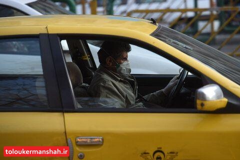 نصب برچسب «ورود بدون ماسک ممنوع» بر روی ناوگان عمومی کرمانشاه