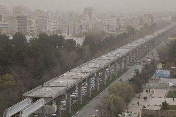 خودرو های فرسوده علت اصلی آلودگی هوای کرمانشاه است!