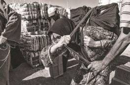 شناسایی ۱۱۰ زن کولبر فقط در ۷ روستای کرمانشاه!/مسئولان باید پاسخ بدهند سرمایههای عظیم این مملکت، کجا و برای چه کسانی هزینه میشود؟!