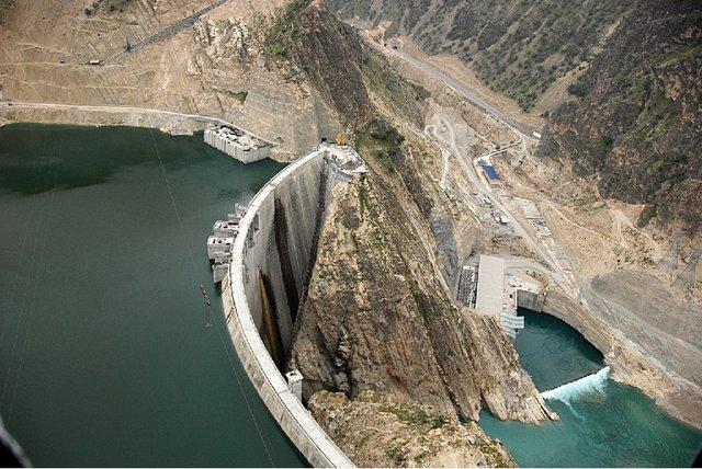 بیش از یک میلیارد مترمکعب آب پشت سدهای کرمانشاه ذخیره است