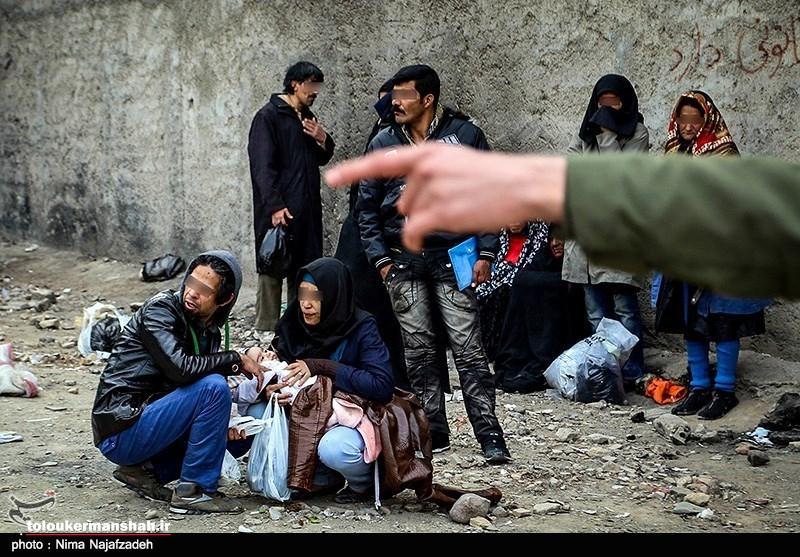 معتادان متجاهر به اردوگاه میروند