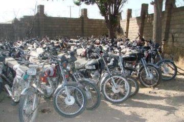 موتورسیکلتهای رسوبی در پارکینگهای کرمانشاه رفع توقیف میشوند