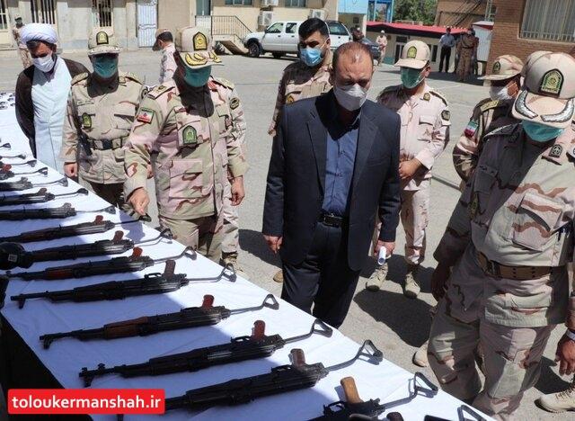 انهدام ۳ باند بزرگ سلاح و مهمات در کرمانشاه/ ۱۶۵ قبضه سلاح جنگی کشف شد
