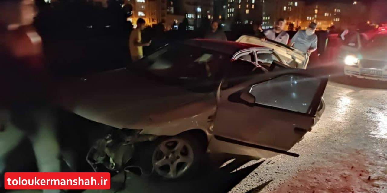 برخورد دو دستگاه خودرو در میدان آزادگان با ۴ مصدوم