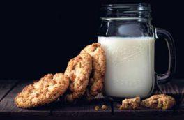 فواید باورنکردنی نوشیدن شیر داغ قبل از خواب
